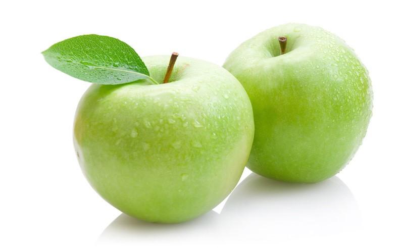 menghidu+bau+epal
